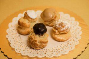 Bigne / Cream Puffs